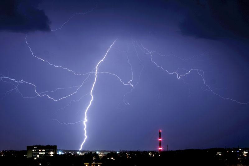 lightning_177550342