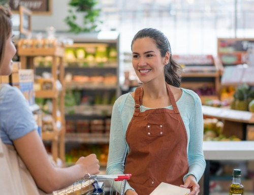 What are three key risks for grocery retailers?